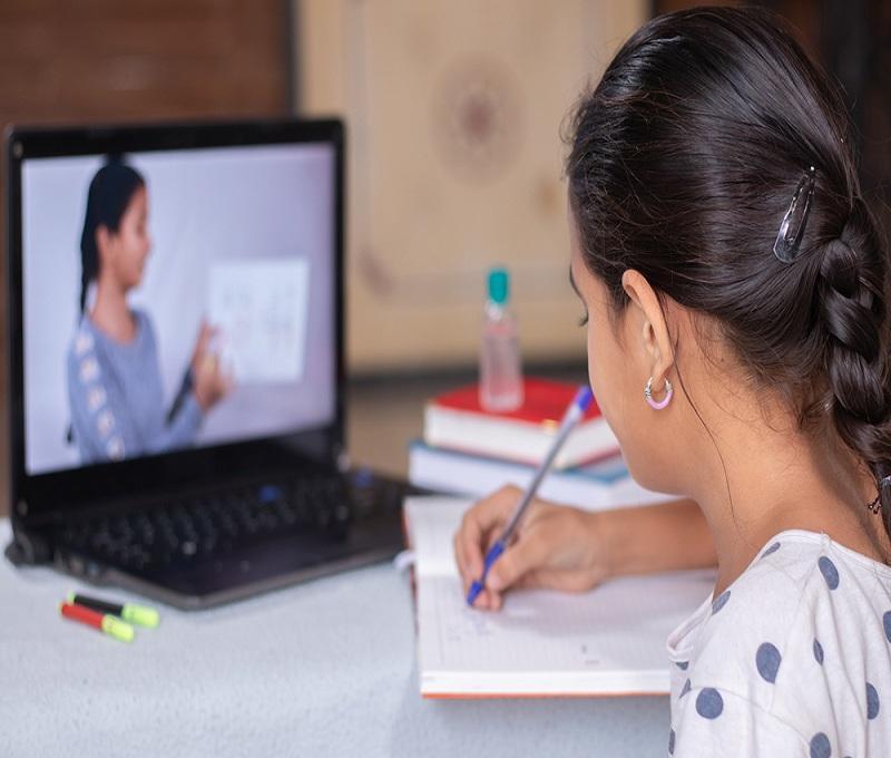 El rol de los padres en la educacion virtual, fm mundo, radio ecuador