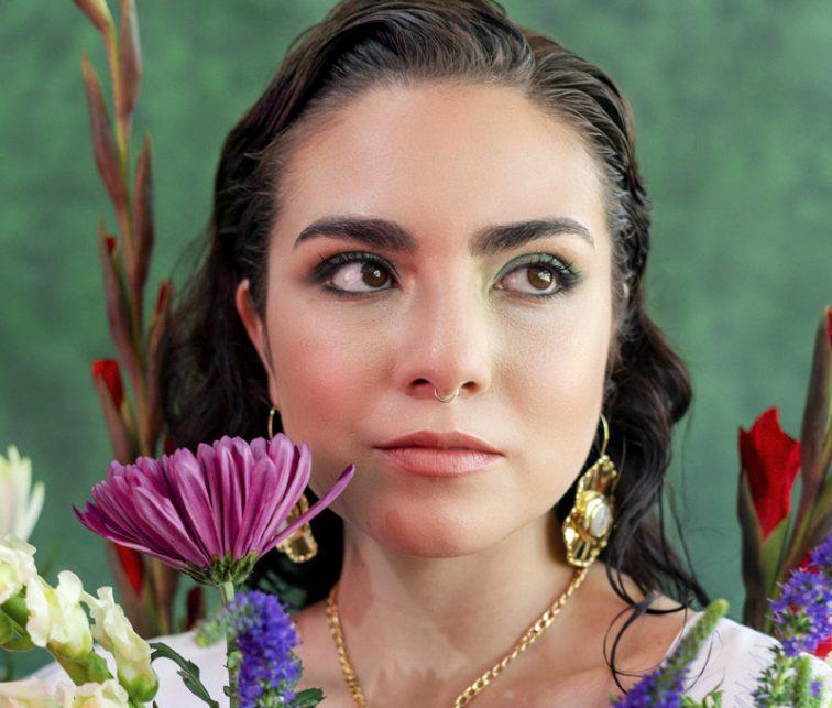 Luna Cantora, Warmi Andina, Ecuador, folclor, música, Compartiendo el Mundo, Fm Mundo