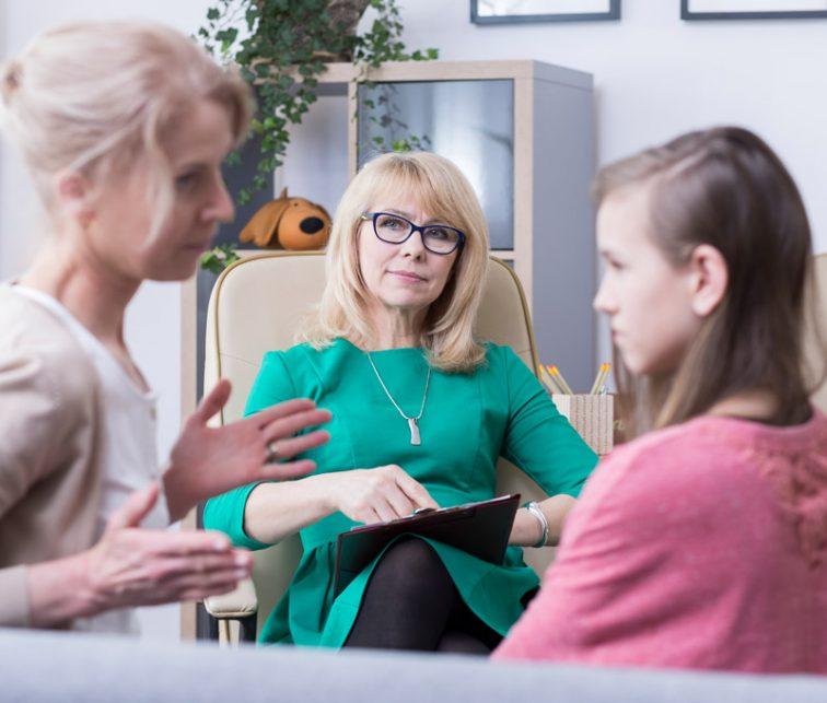 los pros y los contras de los padres sobreprotectores